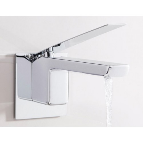 Kelly Hoppen Zero 3 Wall Spout Square